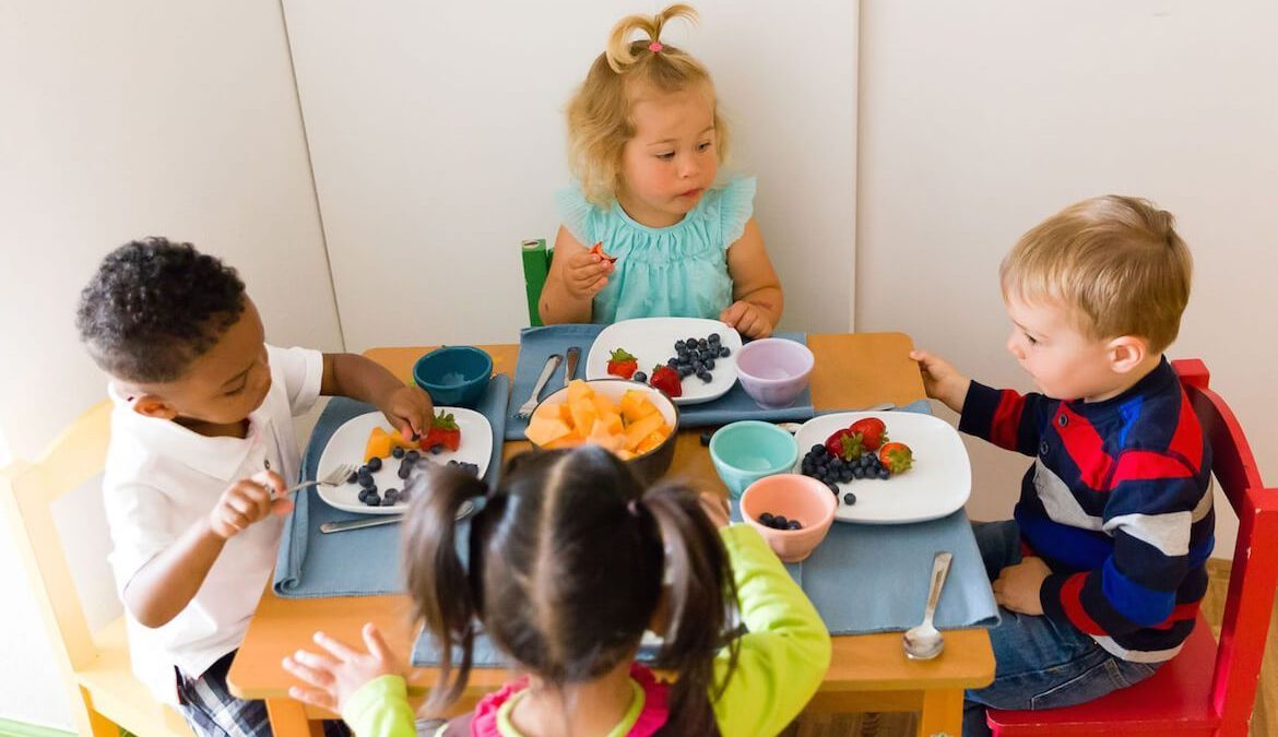 Four Benefits of Enrolling your Child in Bilingual Daycare